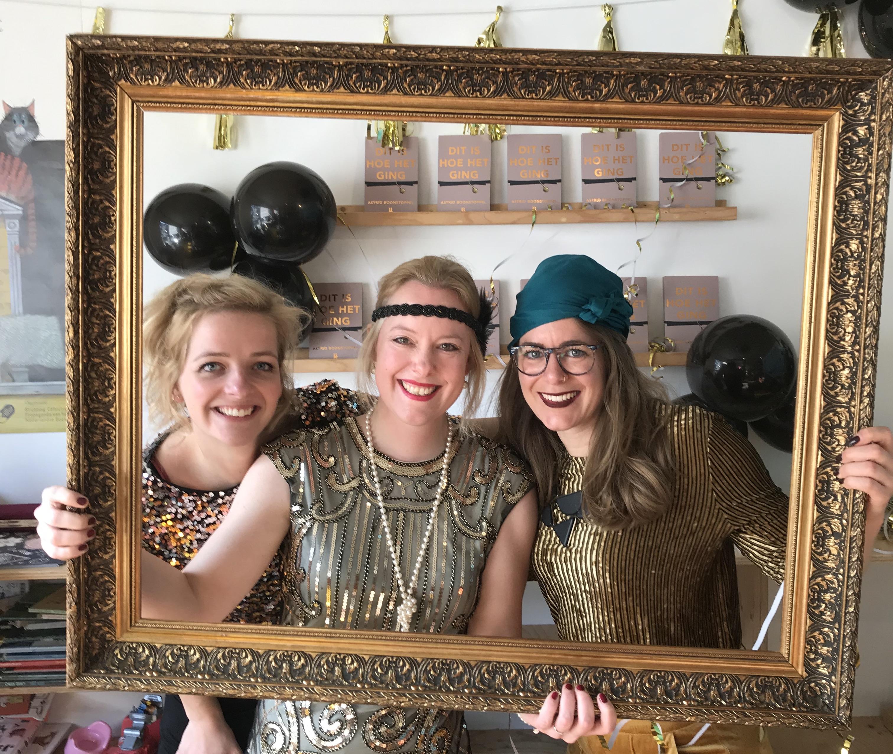 Lotte, Astrid, Myrthe op boekpresentatie